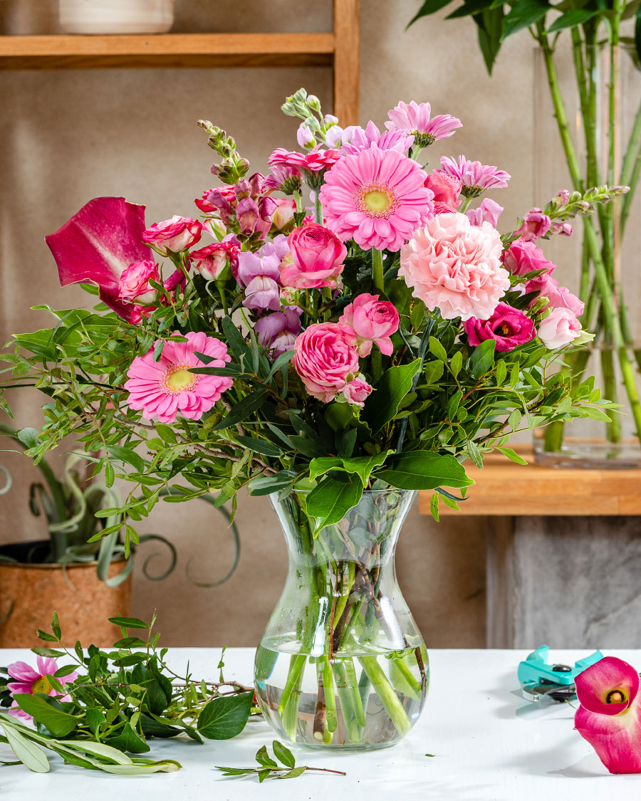 Boldog és rózsaszín - A virágkötő fantáziája